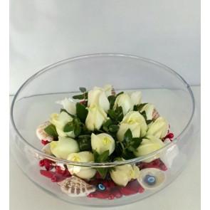 'Büyülü Aşk' Cam Vazoda 15 Beyaz Gül